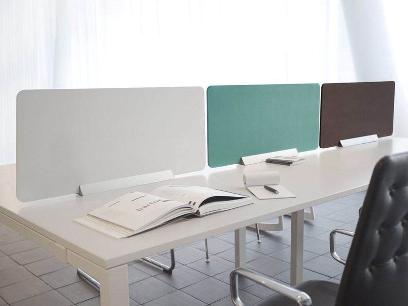 Panneau séparateur modulable en résine de bureau patis by morita