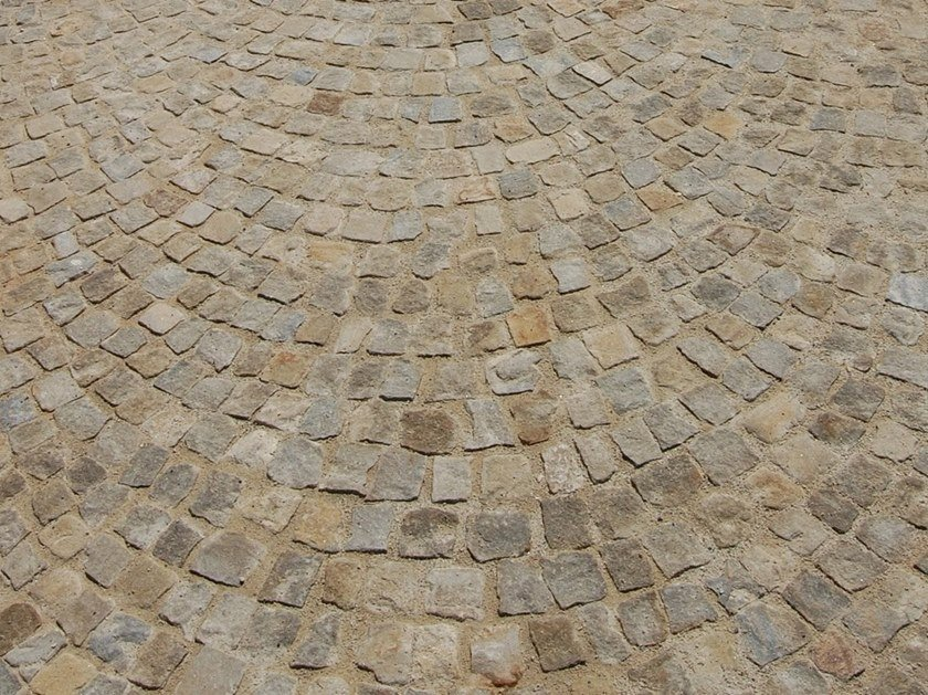 Rivestimento Esterno Pietra Naturale : Pavimento in pietra naturale per interni ed esterni pavÈ baita b&b