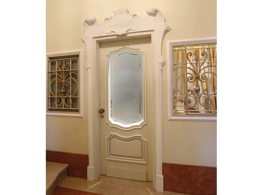 Porta a battente laccata PEA by Arnaboldi Interiors