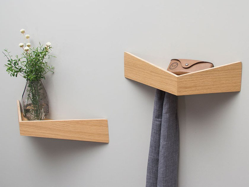 PELICAN SMALL I Wooden shelf with hooks