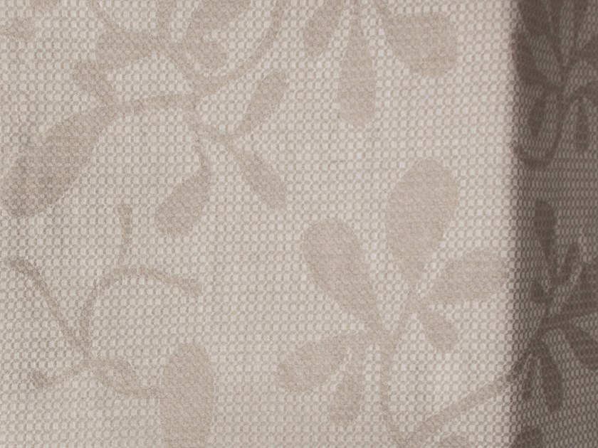 Solid-color linen fabric PELLAVA by Equipo DRT