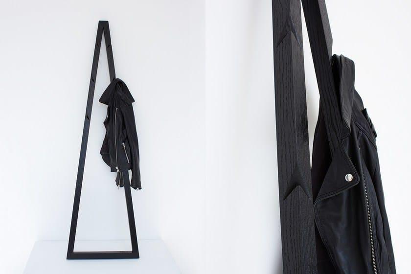 Oak coat rack PENDURA | Coat rack by Galula