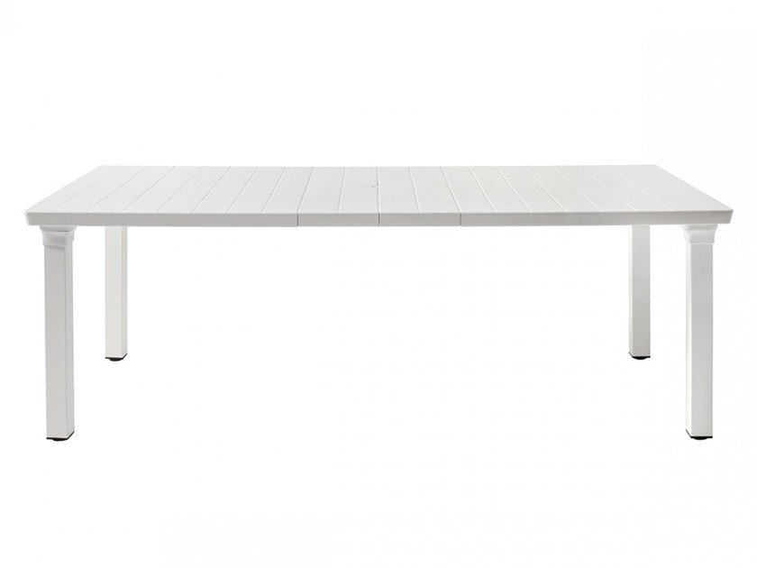 Extending garden table PER3 by SCAB DESIGN