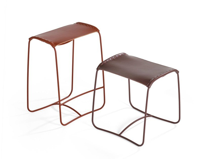 Leather footstool / stool PERCHING   Low stool by Artifort