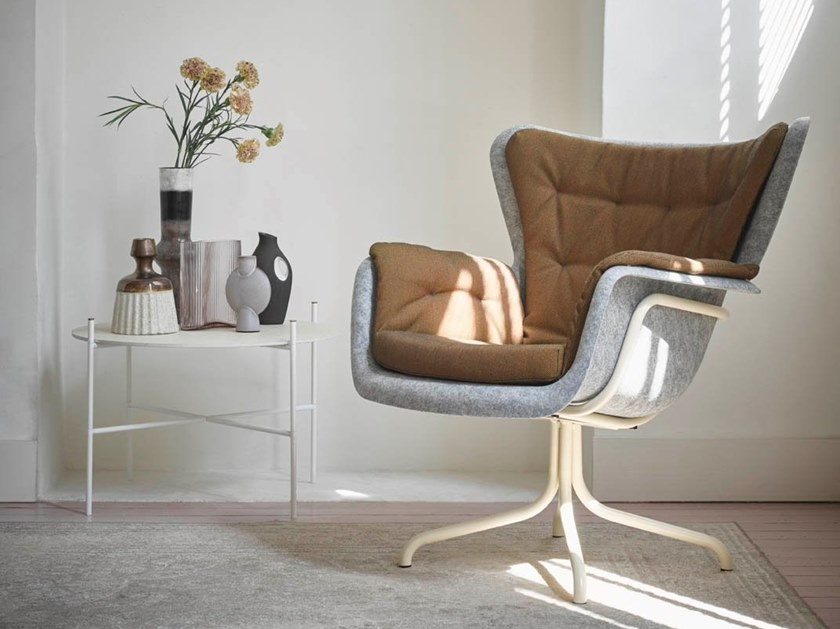 Tufted PET easy chair with armrests PET | Easy chair with armrests by De Machinekamer