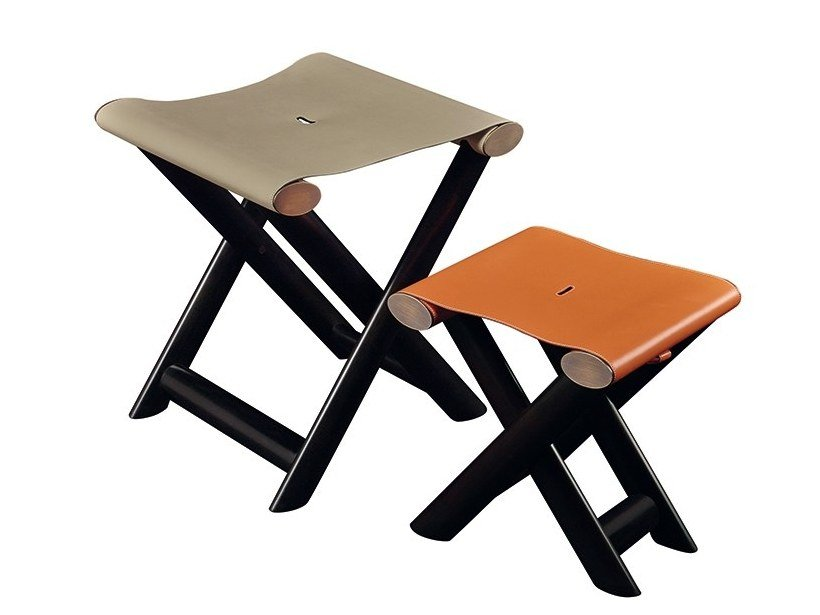 Low folding maple stool PETIT NYX - GRAND NYX by Promemoria