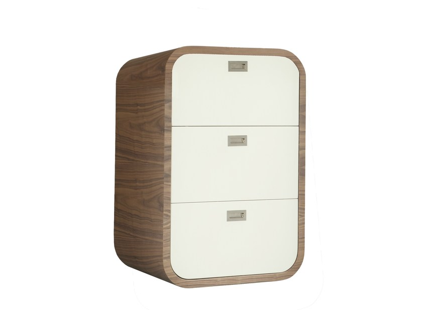 Lacquered free standing chest of drawers PETIT TORONTO by AZEA