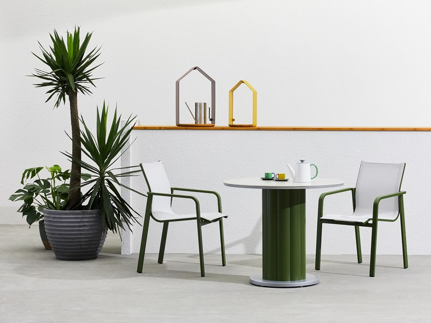 Laterne aus Metall PETITE MAISON By Kun Design Design Kun Qi