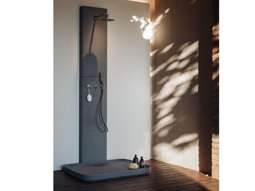 Colonna doccia in Cementoskin® PETRA | Colonna doccia by Agape