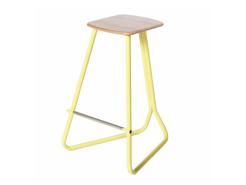 Metal barstool with footrest PG 10750300 | Barstool by Punto Design