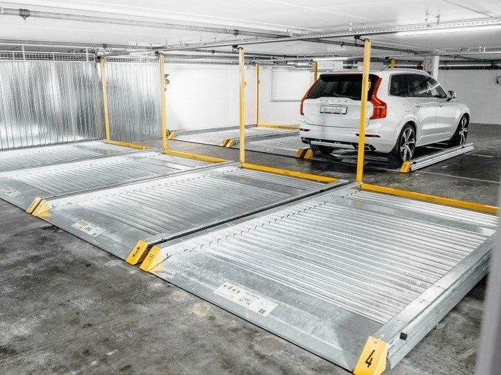 Rotating, moving platform for car PIATTAFORMA 501 by IDEALPARK