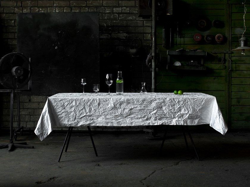 Polyethylene tablecloth PICNIC by MARCH