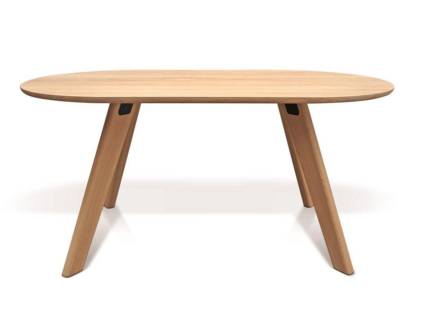 Oval oak dining table PIE by Atipico