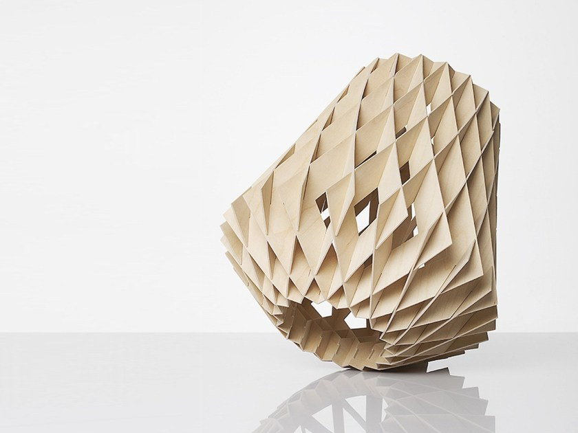 Plywood table lamp PILKE 28 | Plywood table lamp by SHOWROOM Finland