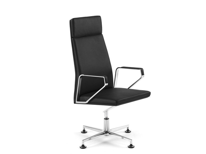 Executive chair with armrests .PILOT P2001 by Spiegels