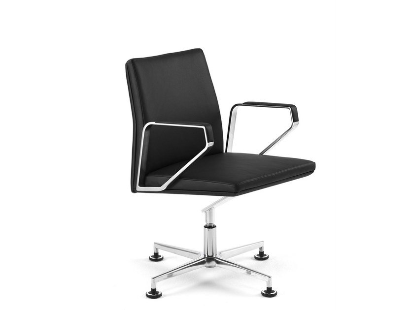 Swivel task chair with 4-Spoke base with armrests .PILOT P2201 by Spiegels