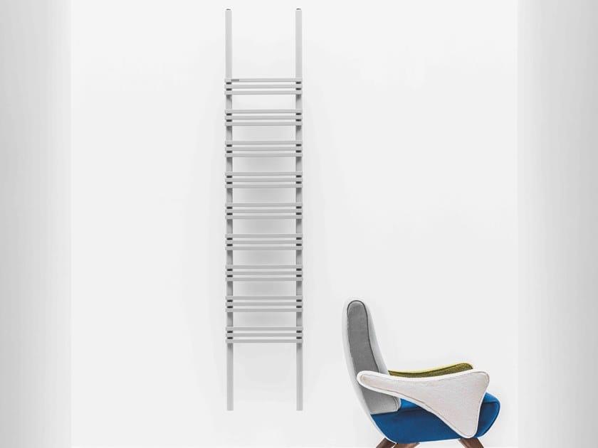 Radiatore verticale a parete PIOLI by ANTRAX