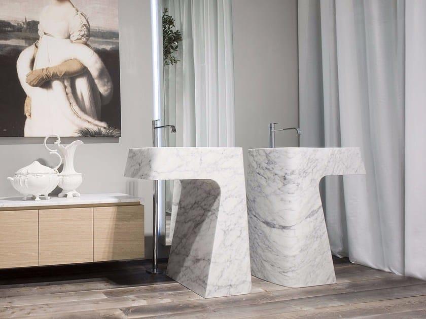 Freestanding Carrara marble washbasin PIPA by Antonio Lupi Design