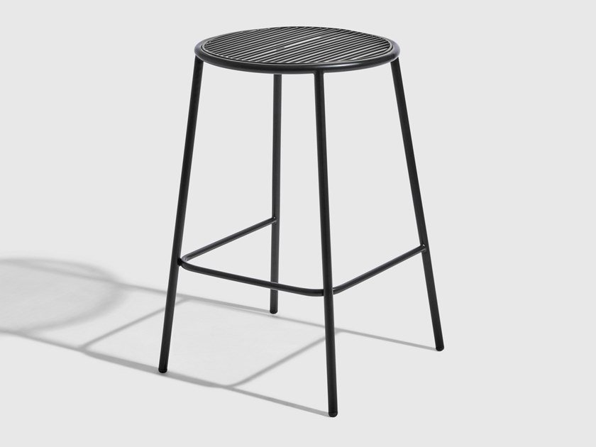 Stainless steel stool with footrest PIPER | Stool by DesignByThem