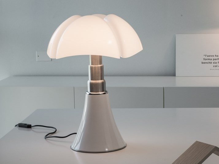 LED table lamp PIPISTRELLO MED by Martinelli Luce