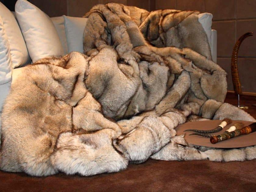 Natural fur throw and cushions PIRINEO by Miyabi casa