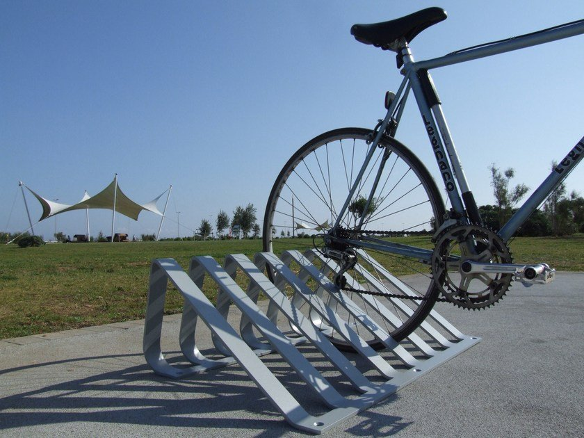 Steel Bicycle rack PITAGORA by LAB23 Gibillero Design