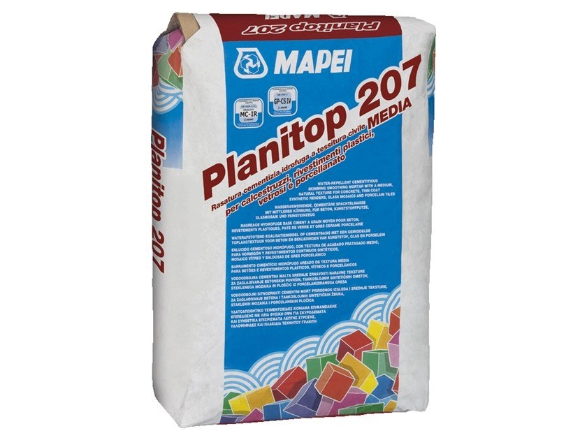 Skim coat and cementitious finish for plaster PLANITOP 207 by MAPEI