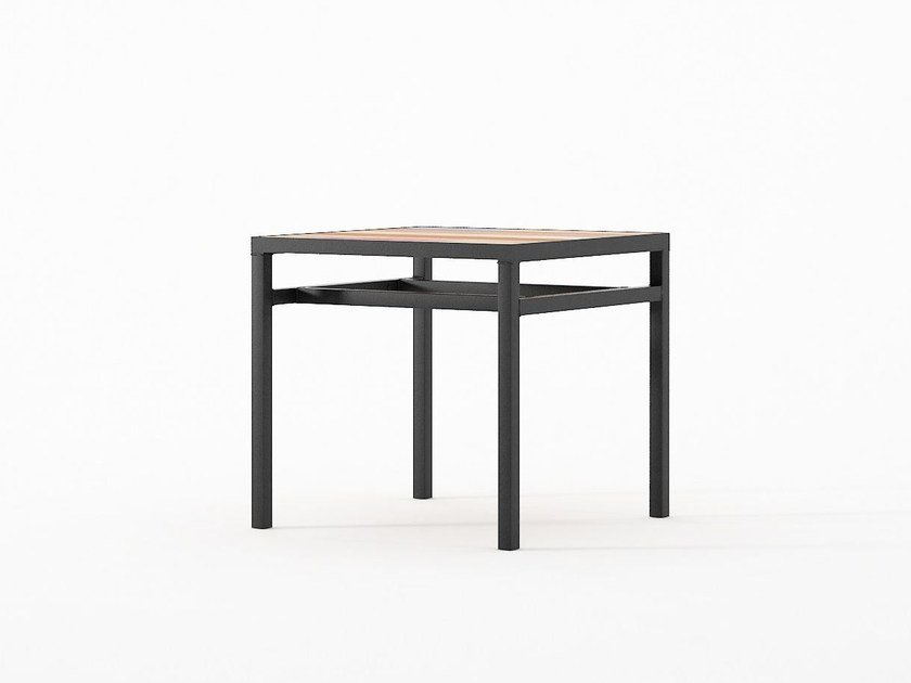Low square coffee table PLANKE 40 | Square coffee table by KARPENTER