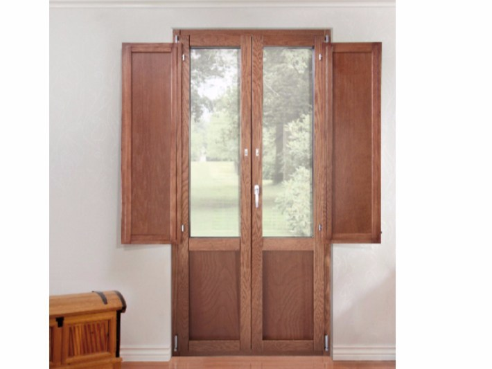 With built-in panel shutters patio door PLATINUM 900 QUADRA 90° | With built-in panel shutters patio door by Cos.Met.