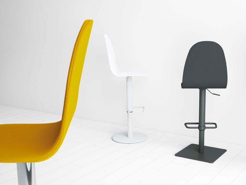 Height-adjustable chair with footrest PLAY by CANCIO