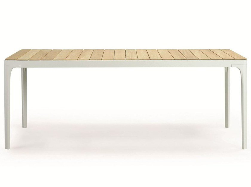 PLAY | Tavolo in teak By Ethimo