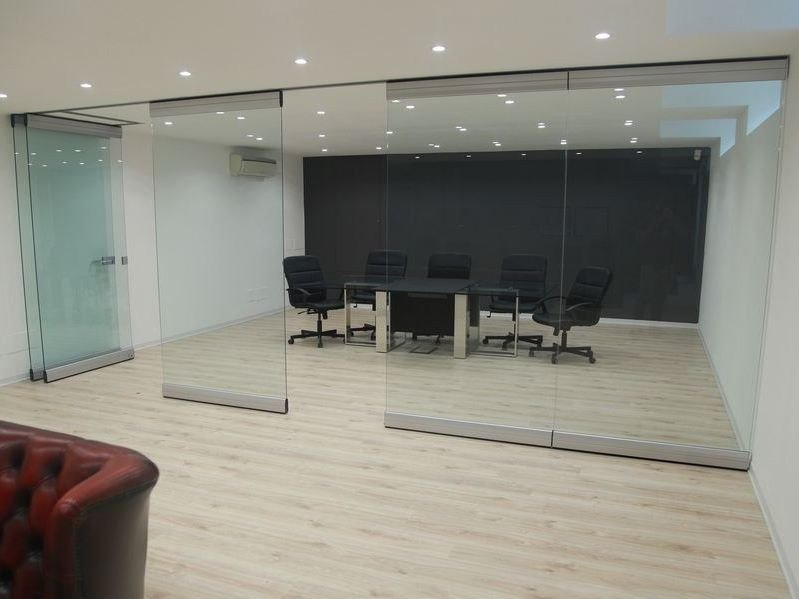 Tempered glass movable partition walls PMC - CRYSTAL by ANAUNIA