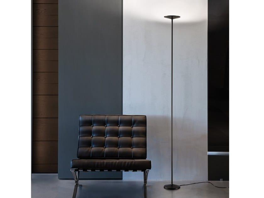 Lampada da terra a LED in acciaio POE_FL by Linea Light Group