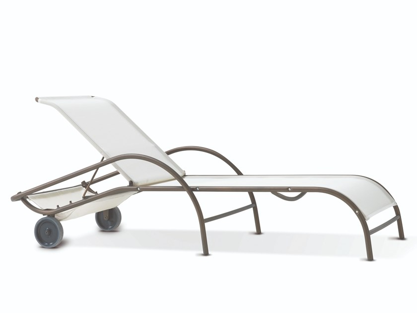 Stackable textilene garden daybed with castors POLO | Garden daybed by RD Italia