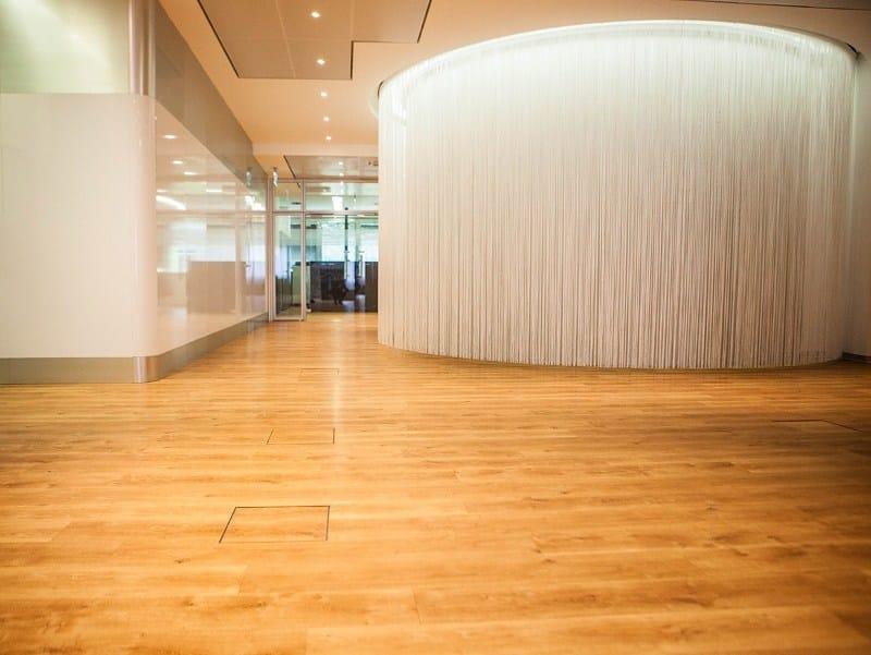 Pavimento vinilico autoposante effetto legno EXPONA