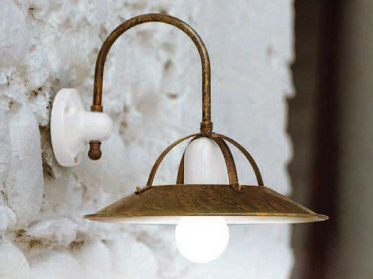Brass wall lamp with fixed arm POSTIGLIONE | Wall lamp by Aldo Bernardi