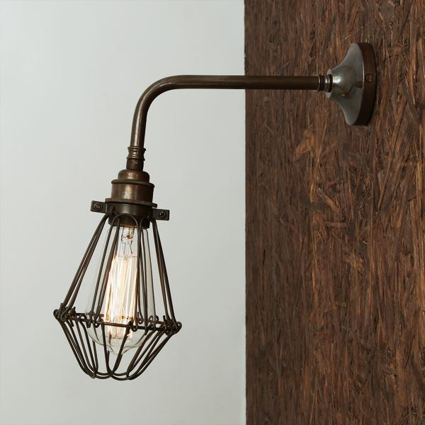 Industrial style handmade brass wall lamp PRAIA | Wall lamp by Mullan Lighting
