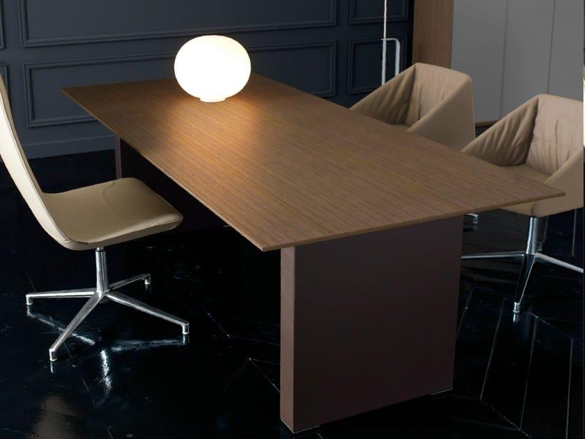 Rectangular executive desk PRESIDENT | Office desk by Quinti Sedute