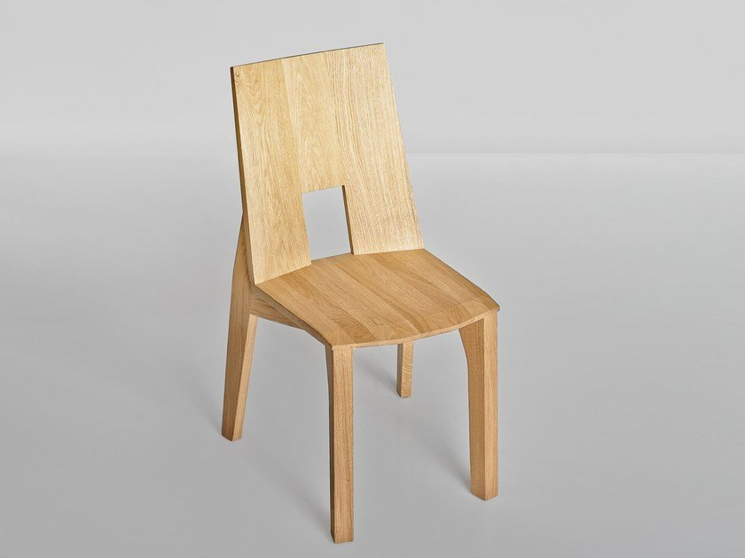 Solid wood chair PRIMO by Vitamin Design