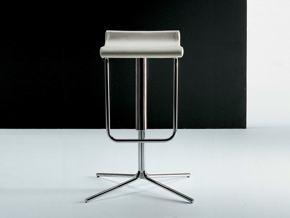 High leather stool with 4-spoke base with footrest PRINCE | Stool with 4-spoke base by Diemme