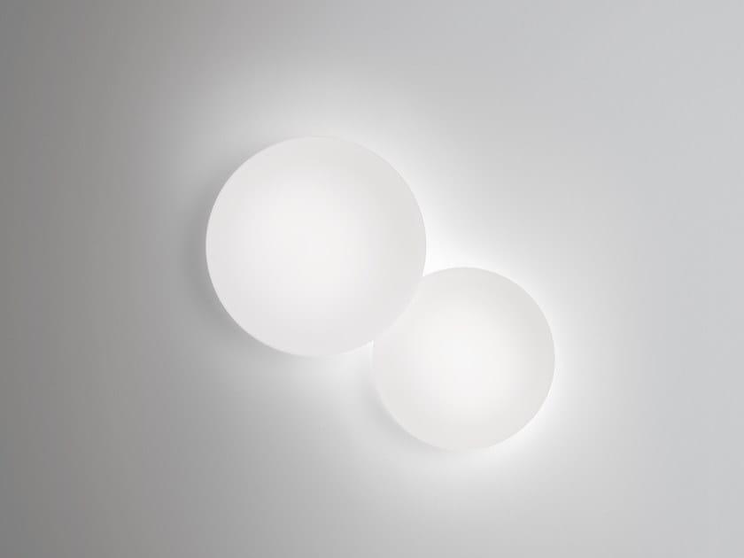 Lampada da parete in vetro soffiato PUCK | Lampada da parete by Vibia
