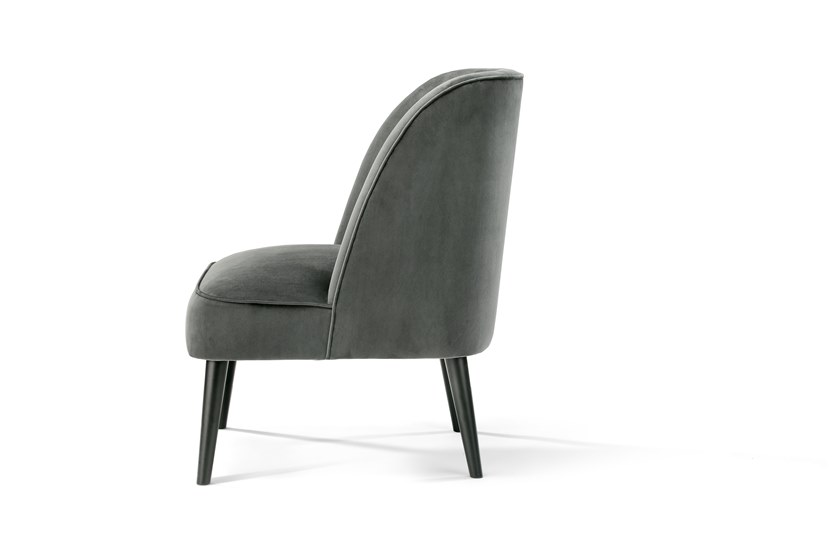 Upholstered fabric easy chair PUDIM by HMD INTERIORS