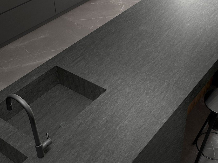 Porcelain stoneware kitchen worktop with stone effect LISSOME ITOPKER by Inalco