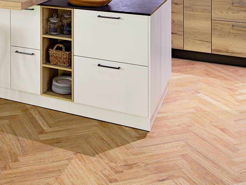 Plastic flooring with wood effect PW 1633/HB by PROJECT FLOORS