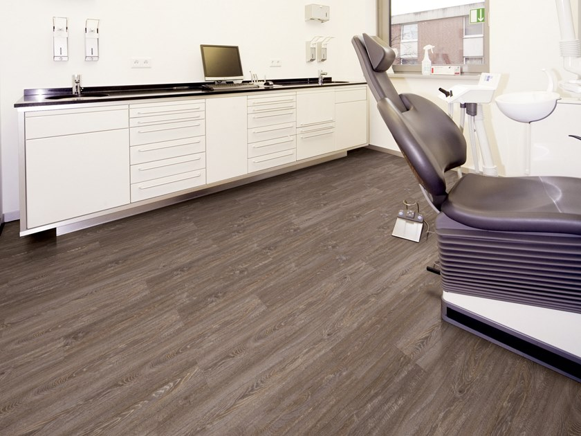 PVC flooring with wood effect PW 3170 by PROJECT FLOORS