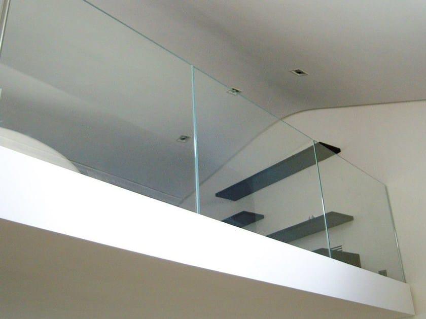 Parapetto in vetro per finestre e balconi Parapetto per finestre e balconi by Capoferri Serramenti