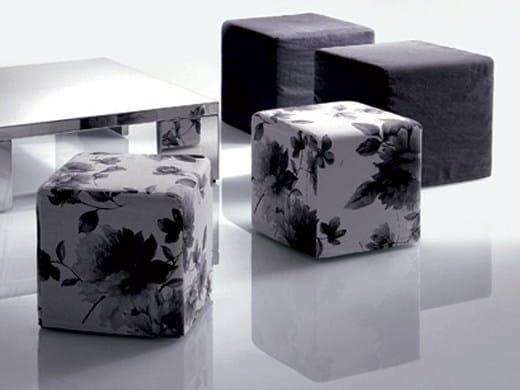 Upholstered pouf QUADRO | Pouf by Marac