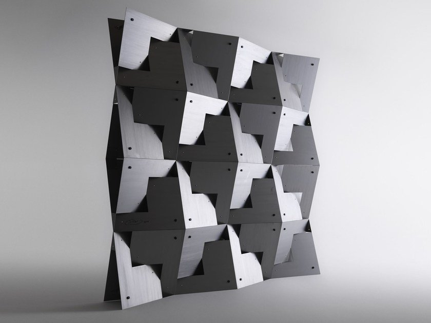 Metal sculpture QUADROR™ | Sculpture by horm