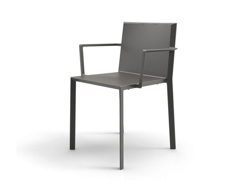 Polyamide garden chair with armrests QUARTZ | Chair with armrests by VONDOM