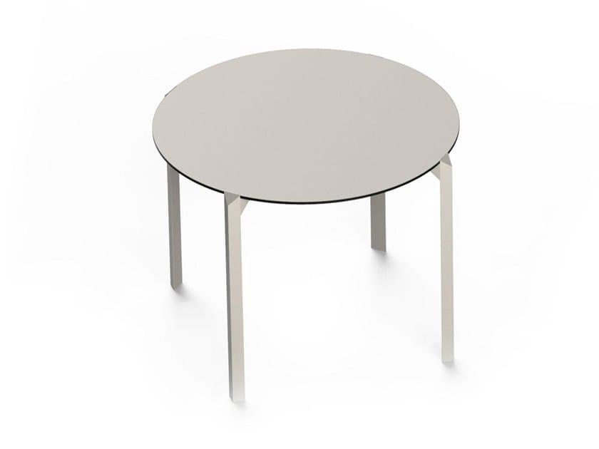 Round polyamide garden table QUARTZ | Round table by VONDOM
